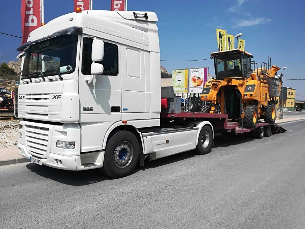 Grúas para transportar maquinaria de gran tamaño